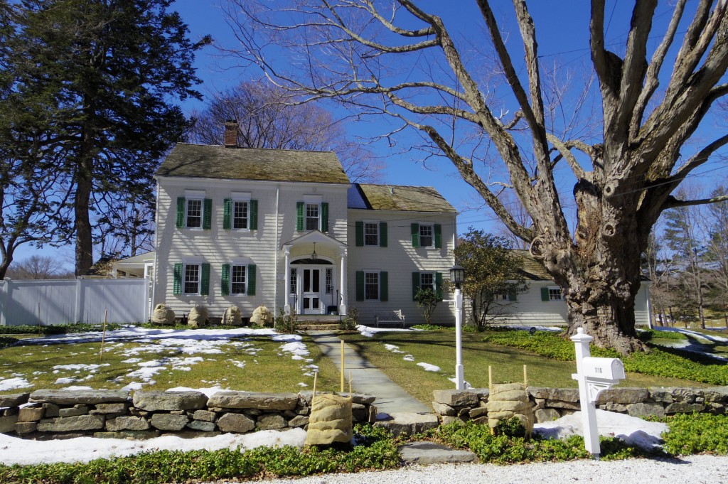 New England has lots of very pretty houses (and lots of very English place names)
